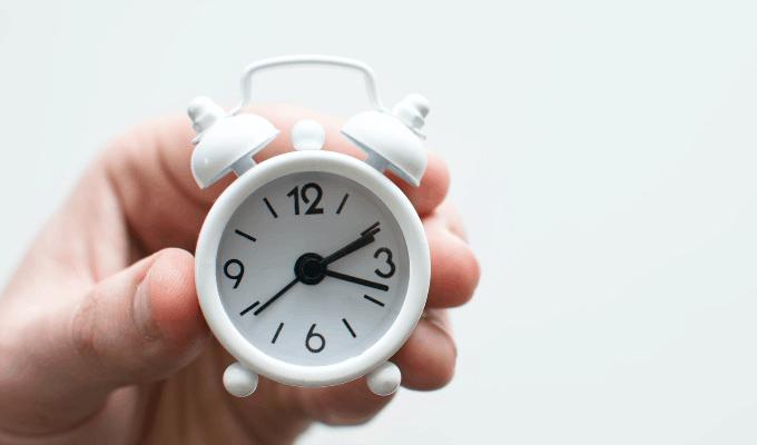 A White Color Clock